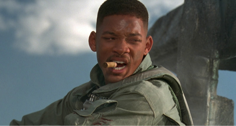 http://www.lastgizmo.com/wp-content/uploads/2013/01/independence-day-will-smith-welcome-to-earth-close-encounter.jpg